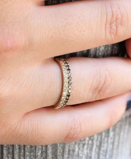 זהב משובץ יהלומים 1
