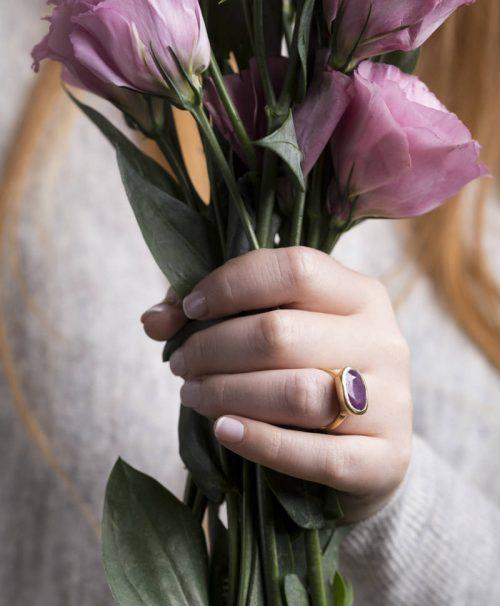 טבעת אליפסה משובצת רובי 1