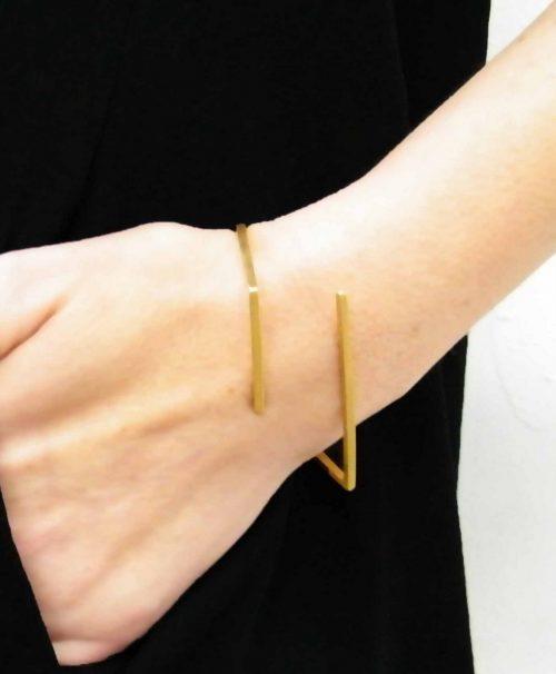 12-Line_Bracelet-Gold-BAARA_Jewelry1